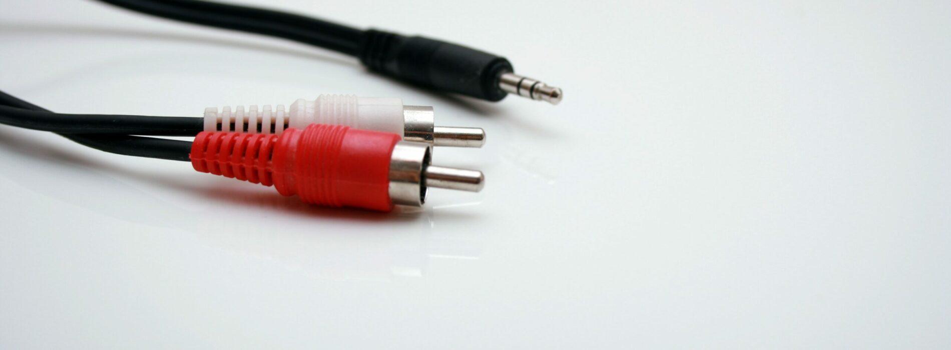 Wpływ kabli głośnikowych i interkonektów na dźwięk